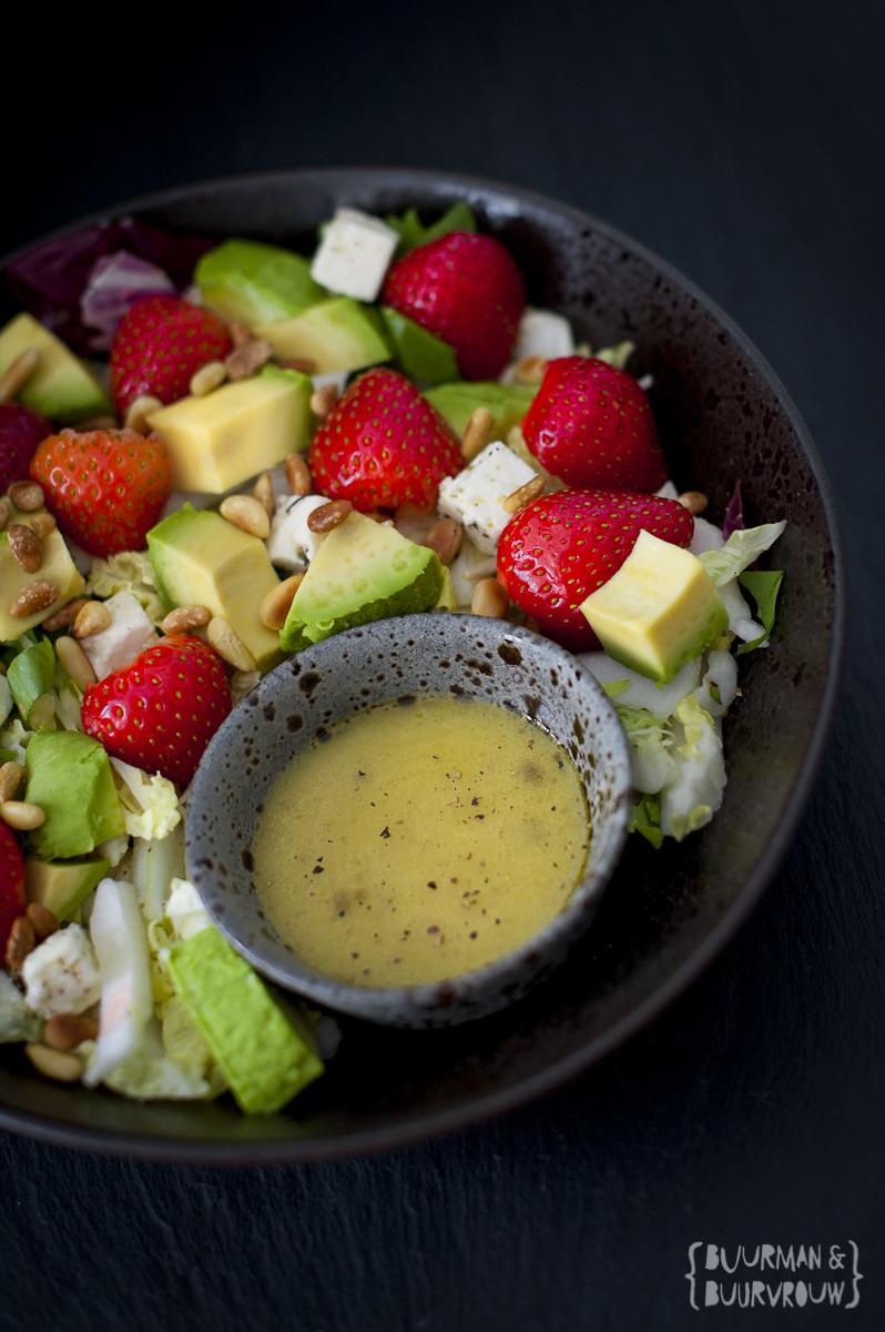 Lazy sunday? Probeer deze salade met aardbeien, avocado en feta | Buurman & Buurvrouw